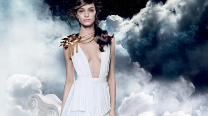 Fashion Trends 2021: The dress Luma Grothe in the advertising for Paco Rabanne's perfume Olympéa