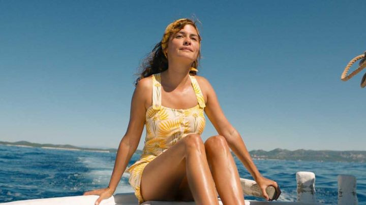 The dress Simone Cousteau (Audrey Tautou) in The Odyssey movie