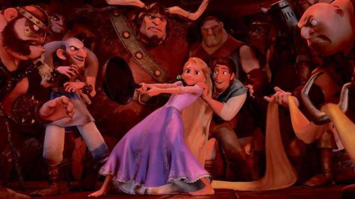 The dress of Rapunzel in the animated cartoon Rapunzel - Movie Outfits and Products