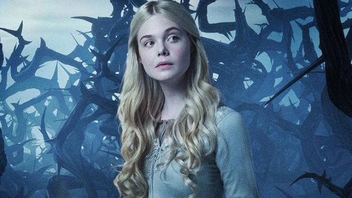 Fashion Trends 2021: The dress of the princess Aurora, the sleeping beauty (Elle Fanning) in Evil