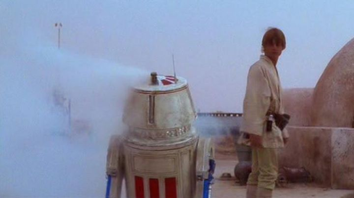 Fashion Trends 2021: The droide R5-D4 in Star Wars IV : A new hope