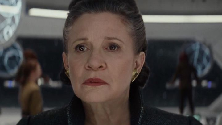 The earrings Leia Organa (Carrie Fisher) in Star Wars episode VIII - The Last Jedi Movie