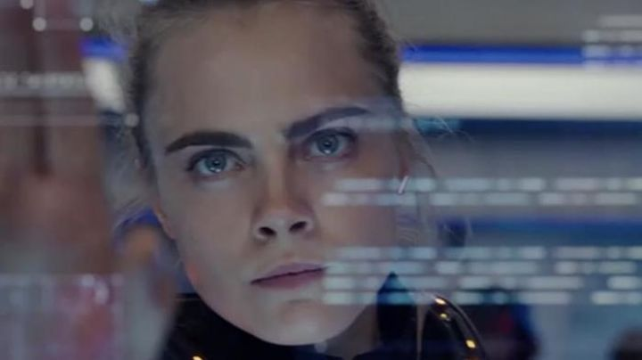 The earrings Maasai Vanrycke Paris Laureline (Cara Delevingne) in Valeriana and the City of ten Thousand planets