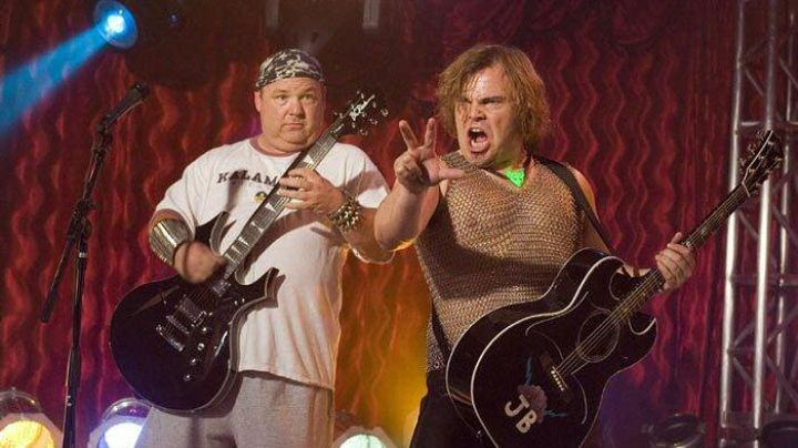 The electric guitar in Kyle Gass in Tenacious D and the Pick of destiny - Movie Outfits and Products