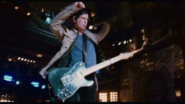 The electric guitar of Keith Richards of the Rolling Stones in Shine a light - Movie Outfits and Products
