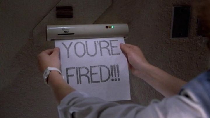 """Fashion Trends 2021: The fax """"You're fired"""" received by Marty McFly (Michael J. Fox) in Back to the future 2"""
