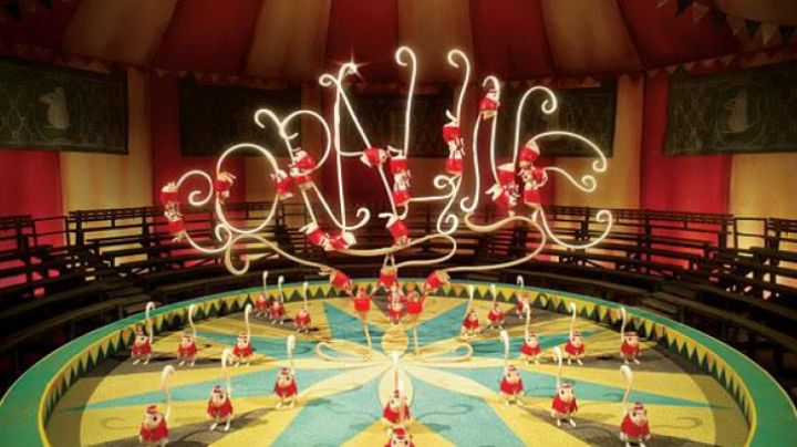 The figurines mouse acrobats in the animated film Coraline - Movie Outfits and Products