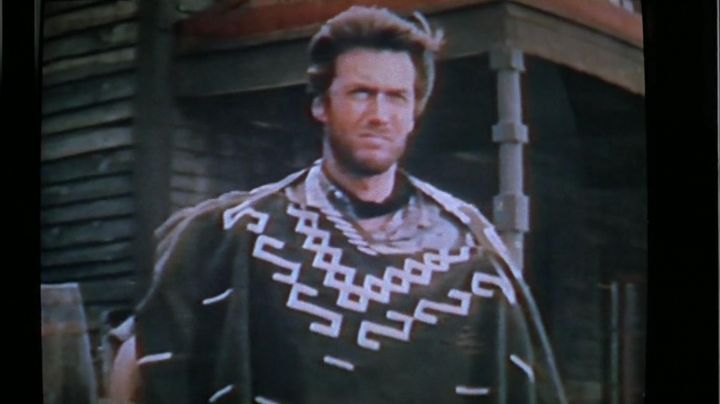 The film For a fistful of dollars that look at Biff Tannen (Thomas F. Wilson) in Back to the future 2 - Movie Outfits and Products