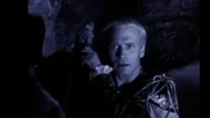 The film Hamlet that looks at Danny (Austin O'brien) in class in Last Action Hero - Movie Outfits and Products