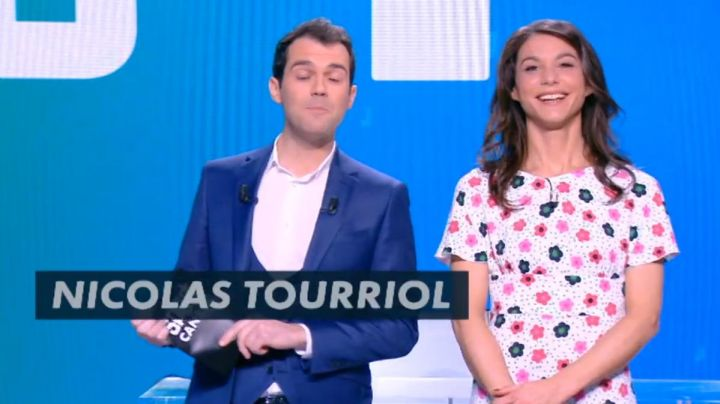 The floral dress from Marina Lorenzo in D+1 of the 18/03/2018 - Movie Outfits and Products