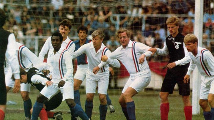 The football shirt is white with a blue band white red in us victory - Movie Outfits and Products