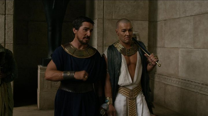 The genuine leather straps of Moses (Christian Bale) in Exodus: Gods and Kings movie