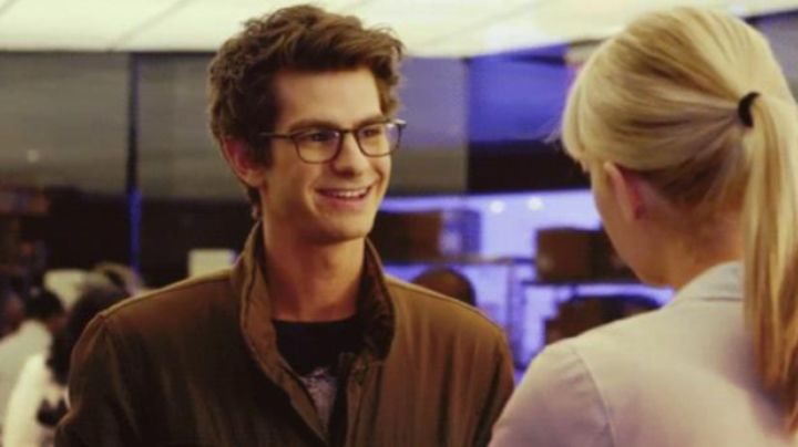 The glasses Oliver Peoples Peter Parker (Andrew Garfield) in The Amazing Spider-Man movie