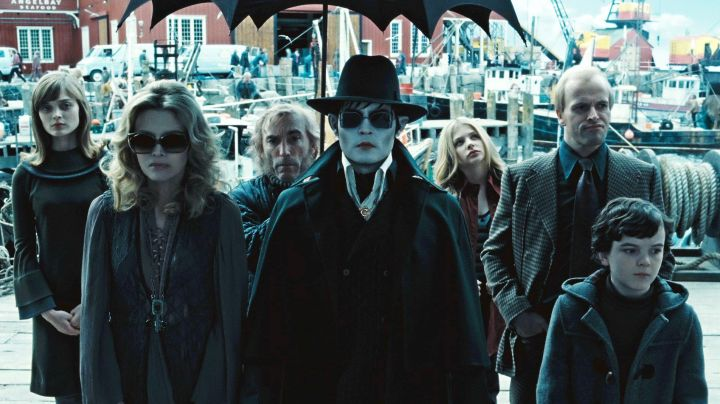 The glasses of Barnabas Collins (Johnny Depp) in Dark Shadows movie