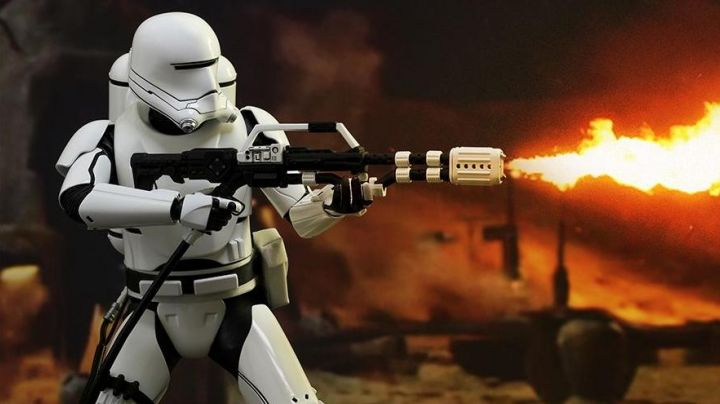 Fashion Trends 2021: The gloves Flametrooper in Star Wars VII : the awakening of the force
