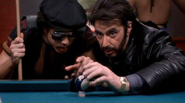 The gold watch Piaget by Charlie Brigante / Carlito (Al Pacino) in The Deadlock - Movie Outfits and Products