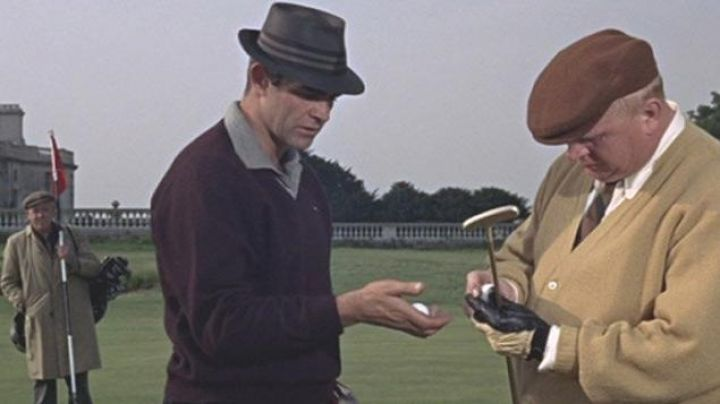 The golf ball Penfold used by James Bond (Sean Connery) in Goldfinger - Movie
