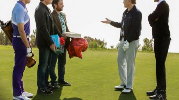 Fashion Trends 2021: The golf shoe Adidas in How to kill his boss 2