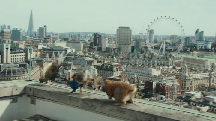 The great wheel of London in Peter Rabbit - Movie Outfits and Products
