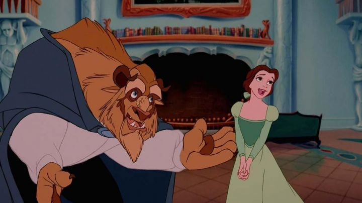 Fashion Trends 2021: The green dress of Belle in beauty and The Beast
