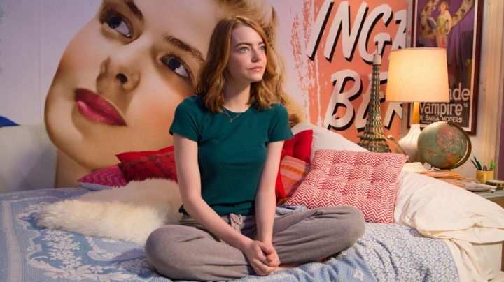 Fashion Trends 2021: The green t-shirt of Mia (Emma Stone) in the The Land