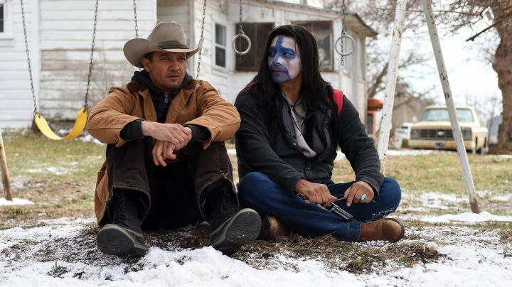 The hat cow boy Corey Lambert (Jeremy Renner) in Wind River - Movie Outfits and Products