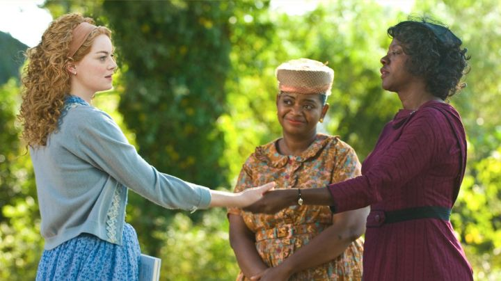 The head covering in tulle Viola Davis in The color of feelings - Movie Outfits and Products