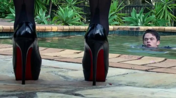 The heels Christian Louboutin Maggie (Emmanuelle Béart) in My Mistress - Movie Outfits and Products