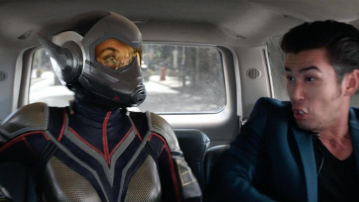 The helmet in resin of Hope van Dyne / the Wasp (Evangeline Lilly) in the Ant-Man and the Wasp Movie
