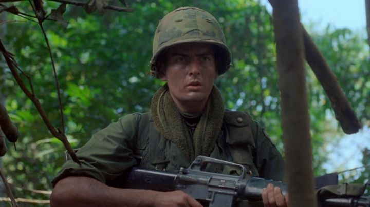 The helmet of the soldier Chris Taylor (Charlie Sheen) in Platoon movie