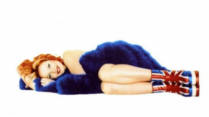 """The high-heeled shoes """"United Kingdom"""" Geri Halliwell of the Spice Girls in Spice World, the movie - Movie Outfits and Products"""