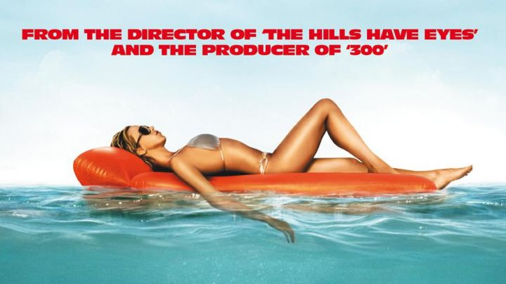 The inflatable mattress Piranha 3D - Movie Outfits and Products