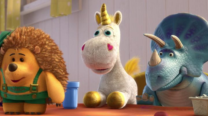 The  is stuffed unicorn buttercup in Toy Story 3 - Movie Outfits and Products
