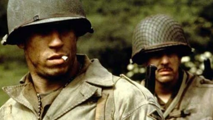 The jacket Adrian Caparzo (Vin Diesel) in saving private Ryan - Movie Outfits and Products