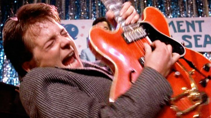 """Fashion Trends 2021: The jacket, """"Johnny B. Goode"""" by Marty McFly (Michael J. Fox) in Back to the future"""