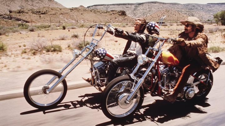 Fashion Trends 2021: The jacket fringed suede Billy (Dennis Hopper) in Easy Rider