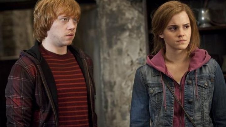 The jacket jean for Hermione Granger (Emma Watson) in Harry Potter and the deathly hallows part 2 - Movie Outfits and Products
