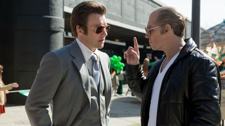 The jacket of James J. Bulger (Johnny Depp) in Black Mass - Movie Outfits and Products