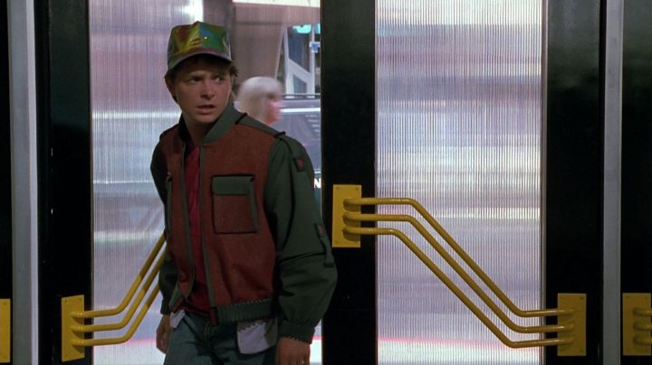 The jacket of Marty Mcfly (Michael J. Fox) in Back to the future Part II movie