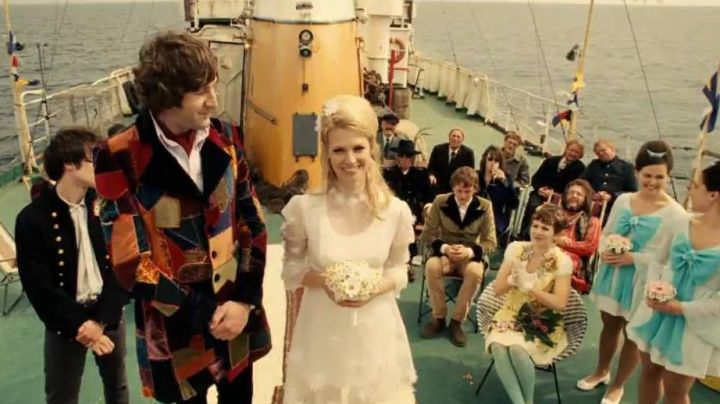 The jacket officer of Carl (Tom Sturridge) in Good Morning England - Movie Outfits and Products