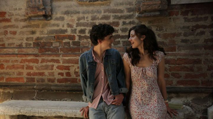 The jean jacket Elio Perlman (Timothée Chalamet) in Call me by your name movie