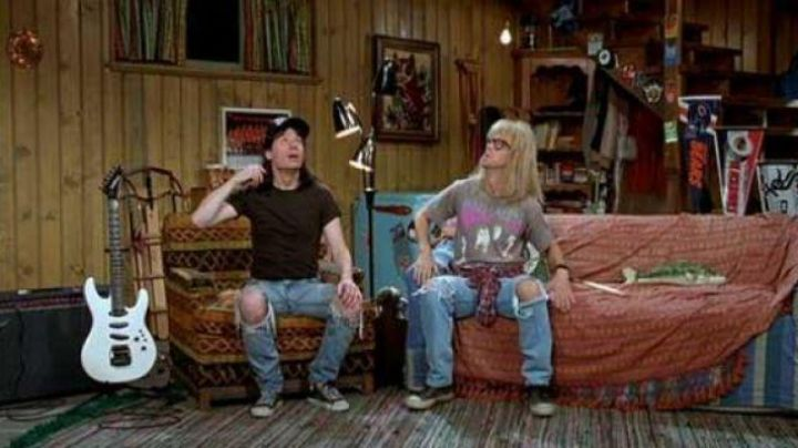 The jean junkies featuring Wayne Campbell (Mike Myers) in Wayne's World - Movie Outfits and Products