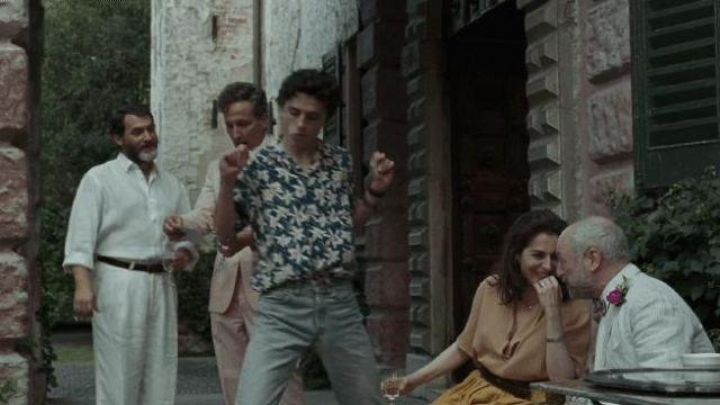 The jean worn by Elio Perlman (Timothée Chalamet) in Call Me by Your Name movie