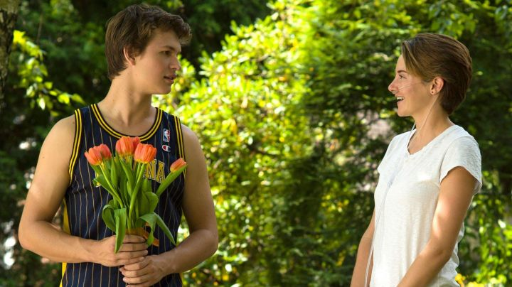 The jersey of NBA basketball (Indiana Pacers) Gus Waters (Ansel Elgort) in Our stars contrary movie