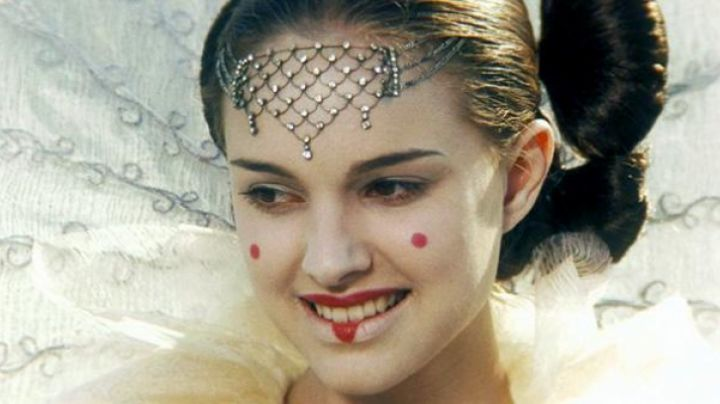The jewel of the head of a Padme Amidala (Natalie Portman) in Star Wars I : The phantom menace - Movie Outfits and Products