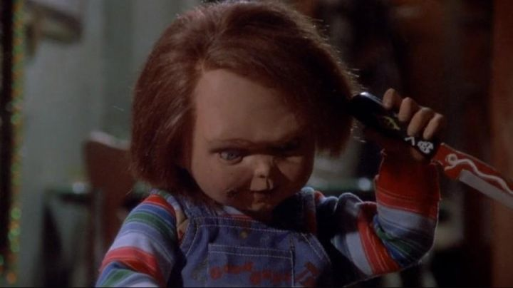 The knife voodoo of Chucky in the movie child's Play - Movie Outfits and Products