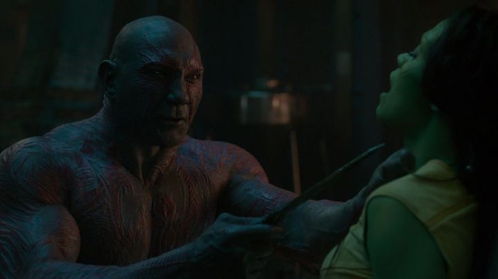 The knives Drax the Drestructeur (Dave Bautista) in Guardians of the Galaxy Vol. 2 - Movie Outfits and Products