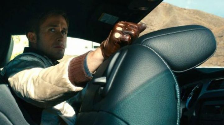 The leather gloves brown to the driver (Ryan Gosling) in Drive - Movie Outfits and Products