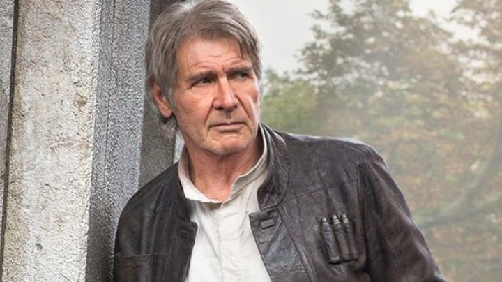 Fashion Trends 2021: The leather jacket brown Han Solo (Harrison Ford) in Star Wars VII : The awakening of the force