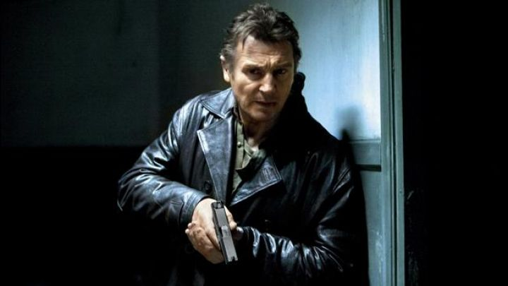 The leather jacket of Bryan Mills (Liam Neeson) in Taken 2 Movie